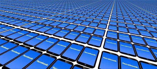 facebook v mobilech