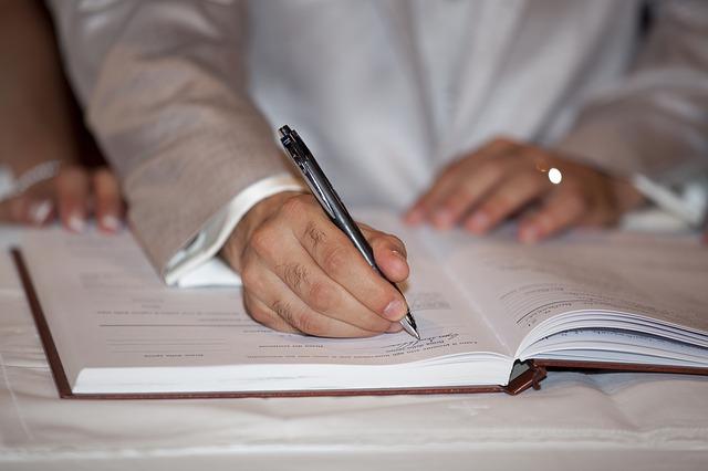 podepsání papírů